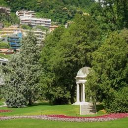 Via le impalcature  da Villa Olmo  Sabato apre il parco
