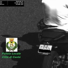 Targa contraffatta  Preso e denunciato  su scooter ticinese