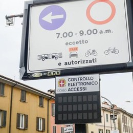 Via Milano, varco aperto dal 1° luglio  Telecamere spente tutto il giorno