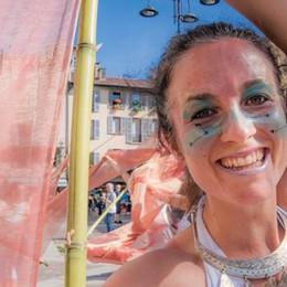 """Una gran """"Parada""""  Musica e colori  invadono il centro"""