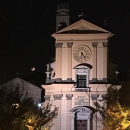 Arosio, campane a morto per sbaglio  Il parroco si scusa in chiesa