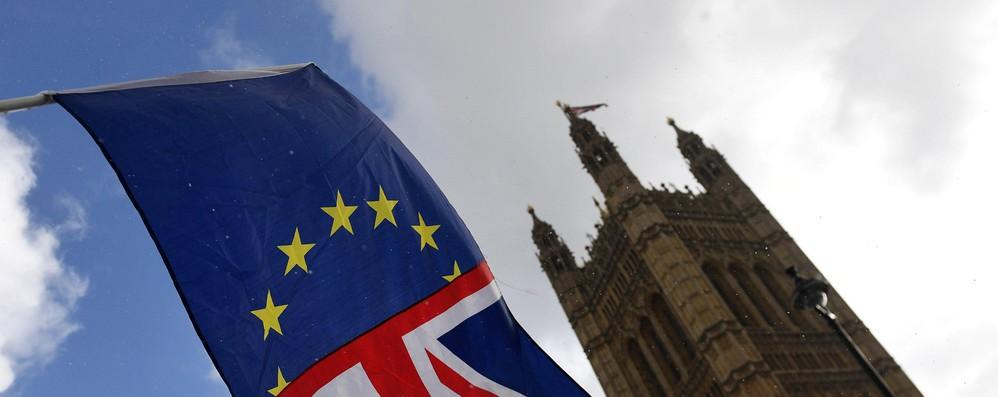 Brexit: la campagna 'Vote Leave' multata e denunciata
