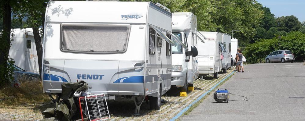 Accampamento Rom a Lazzago    L'area è tornata libera dal pomeriggio