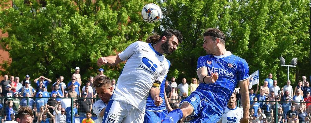 Como in C: avanti, c'è posto  Tim Cup, esordio a Catania