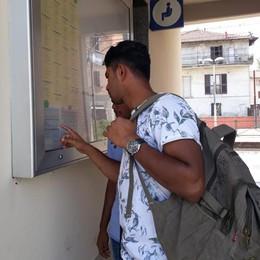 Viaggi da incubo tra bus e treni  «Tre ore per andare a Milano»
