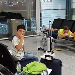 Aeroporto di Monaco  chiuso per sicurezza  Bloccati nove ginnasti