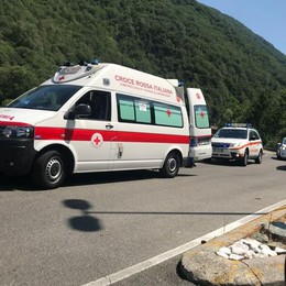 Domenica di incidenti Grave un motocilista