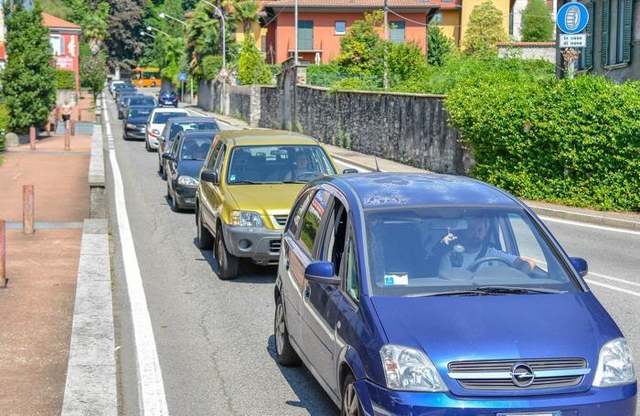 Como traffico in via Bellinzona per i lavori sulla Nino Bixio,
