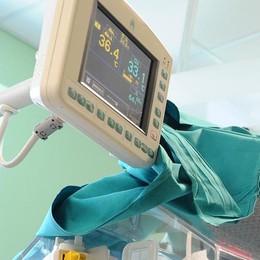 Como: batteri in ospedale  «Il rimedio migliore?  Lavarsi tutti le mani»