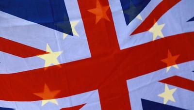 Brexit: Parlamento Ue preoccupato per regolarizzazioni in Gb