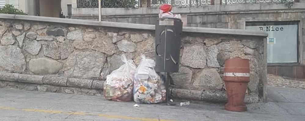 Rifiuti, i furbetti non vanno in ferie  A Cantù più controlli e fototrappole