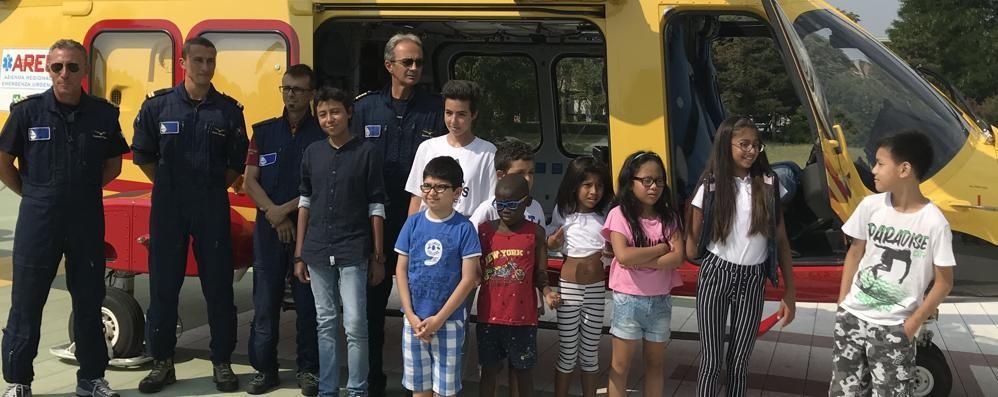 Maslianico: l'emozione di Sofia  Dalla pediatria  al volo in elicottero