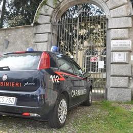 Alzate, un altro furto  a Villa Odescalchi  Sparite anche le porte