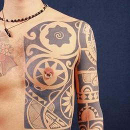 Tatuaggi e piercing, il boom  A Como 65 attività,  +124% in 5 anni
