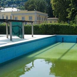Villa Olmo: niente lido,   chiuso anche a Ferragosto
