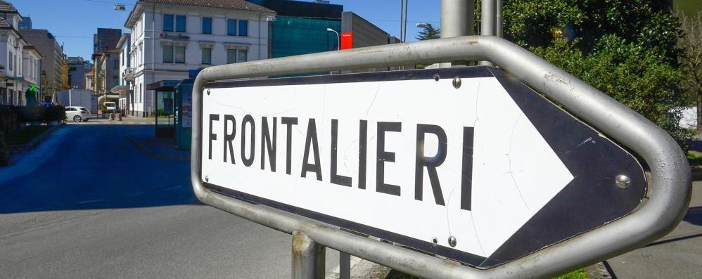 Svizzera troppo cara  E il politico ticinese  viene a vivere in Italia