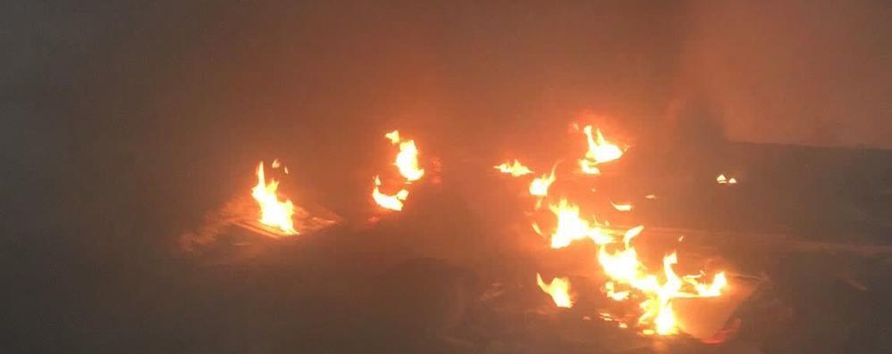 Oratorio in disuso a fuoco Pompieri a Cantù