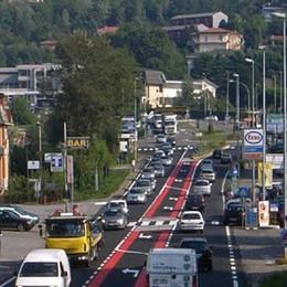 Troppo traffico nei paesi di cintura  Gli esperti a raduno a San Fermo