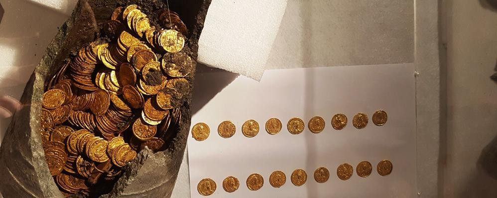 Il lungo sonno  delle monete e di Como
