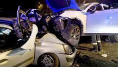 Ubriaco a 19 anni in Porsche  Tragedia sfiorata, dieci feriti