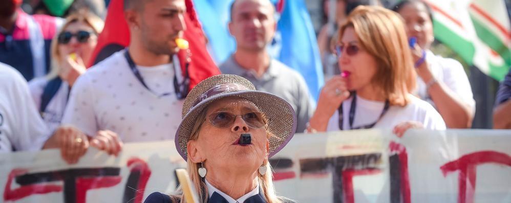 Casinò, non siamo mica la Svizzera  I 350 lavoratori italiani senza assegno