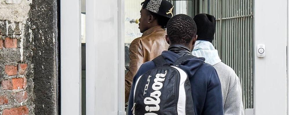 Centro migranti,   no di Butti alla chiusura  «Per i senzatetto e per altri arrivi»