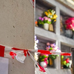 Degrado al cimitero  I residenti di Civiglio  rivogliono il custode