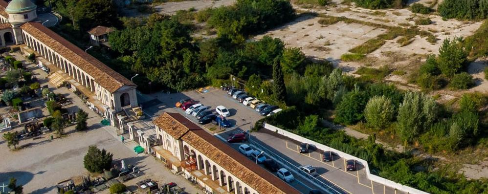 Ticosa, la bonifica va conclusa  Slitta l'apertura del parcheggio