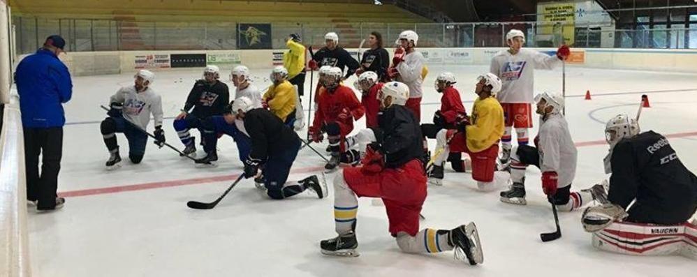 Abbonamenti Hockey Como  Parte la campagna