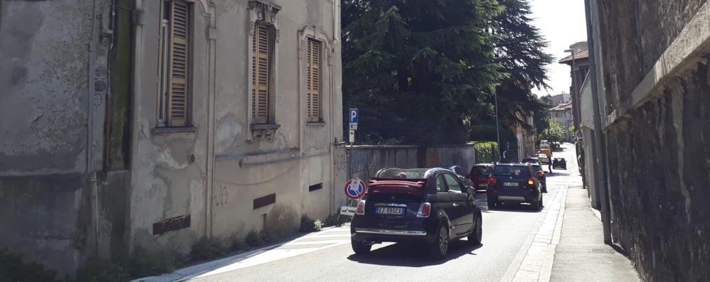 Cantù, chiude via Cattaneo  Il girotondo lungo  per piazza Garibaldi