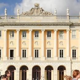 Como: nuova Villa Olmo  Ma ostacoli  per i disabili