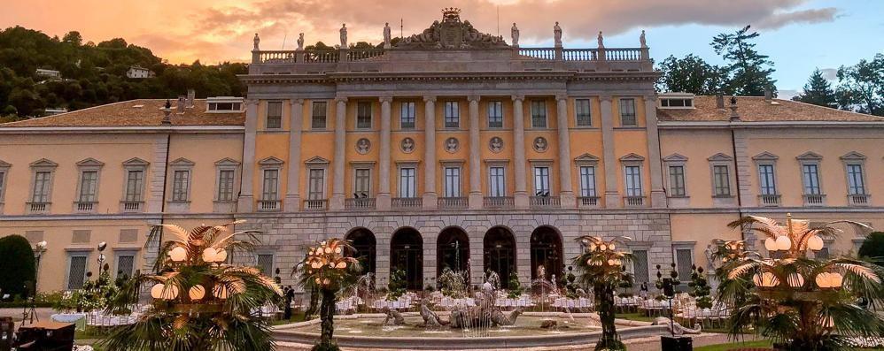 Festa di fidanzamento a Villa Olmo  Per 7 giorni al miliardario indiano