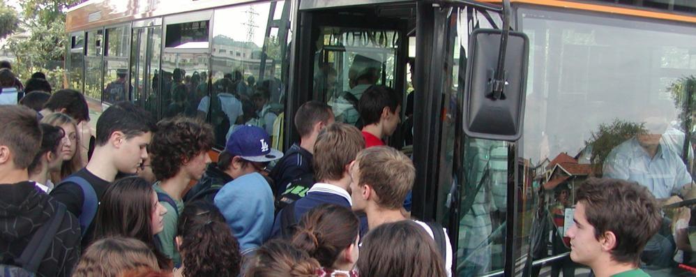Bus, doccia fredda per Cantù  Niente corsa da Fecchio al Fermi