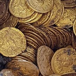 Le monete d'oro a Como  «Sotto il Cressoni  un tesoro da scoprire»