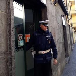 Cantù, lavoratori non in regola e carenze  Kebab chiuso e multato per 25.000 euro