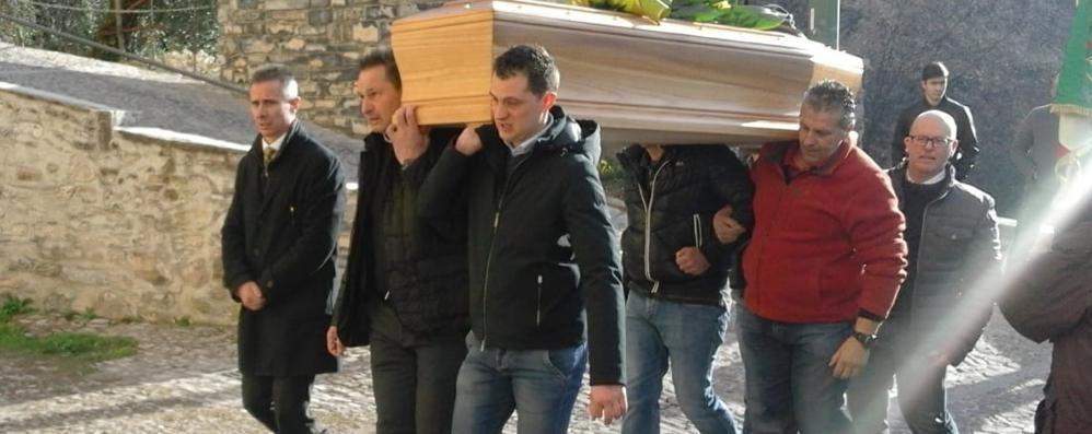 Pognana, alpino morto   «Peppino sempre con noi»