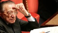 Andreotti: un secolo  e un'altra politica