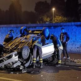 Mariano, auto ribaltata Due giovani feriti