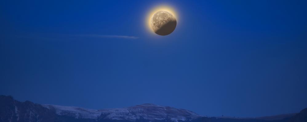 La luna sopra i nostri monti  Spettacolo della natura