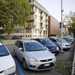 Parcheggi a Como, si cambia  Sosta non oltre 2 ore e una volta al giorno