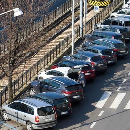 Caos parcheggi, ma l'assessore tace