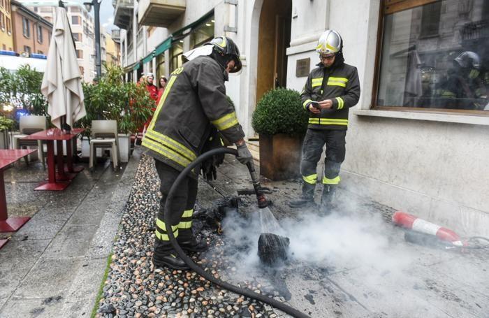 L'intervento dei vigili del fuoco all'Hotel Posta