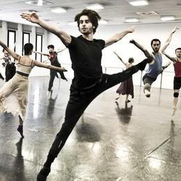 Winterreise: la danza celebra  il vertiginoso Schubert