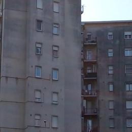 Lipomo: rubano al quarto piano   E poi fuggono dai balconi