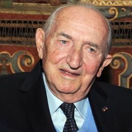 Como piange Renzo Pigni L'ex sindaco è morto nella notte