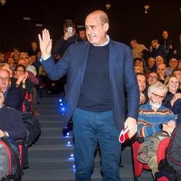 Pd, Zingaretti a Como  «Basta immobilismo  per uscire dalla crisi»