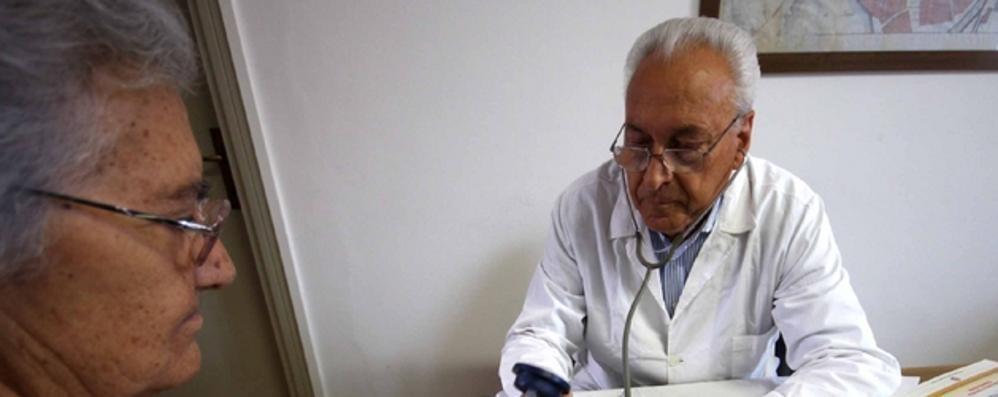 «Como, sanità al collasso»  Mancano chirurghi e medici di famiglia