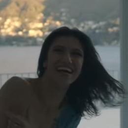Cernobbio porta fortuna a Elisa  L'ultimo video spopola sul web   Clicca qui per vederlo