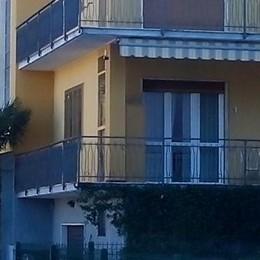 Lipomo, ladri in una villetta  Messi in fuga dalle telecamere
