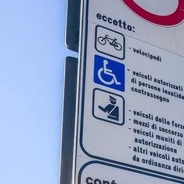 Pass per gli invalidi  Da dieci anni  non si controlla più